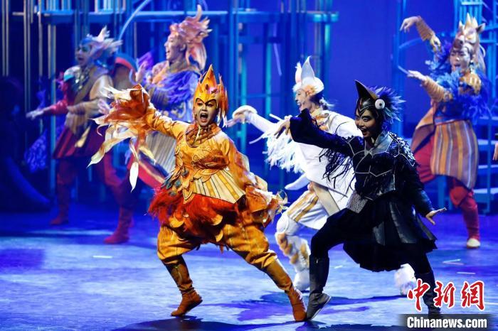 音乐剧《故宫里的大怪兽》续作首演传统元素放异彩