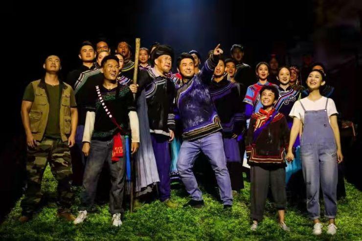 民族歌剧《听见索玛》演出现场掌声雷动